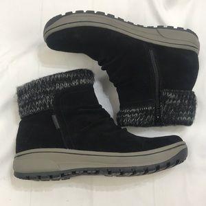 BareTraps Danna Ankle Boots Suede